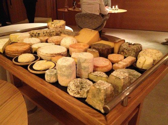 Troisgros : Mesa de queijos