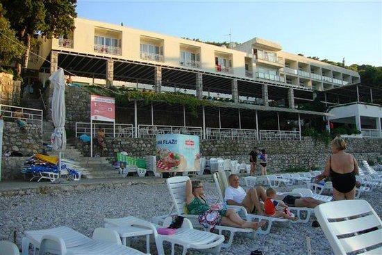 Hotel Vis: vista dalla spiaggia