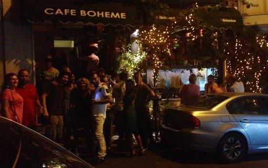 Cafe Boheme: Party time!
