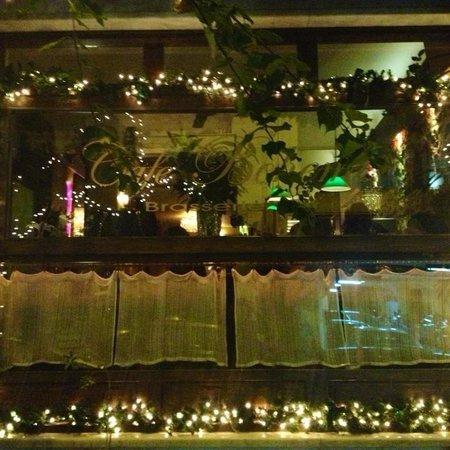 Cafe Boheme: Christmassy Boheme!!
