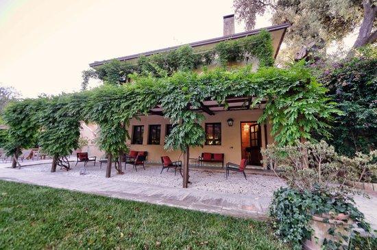 Villa Magnolia Relais: charming oasis
