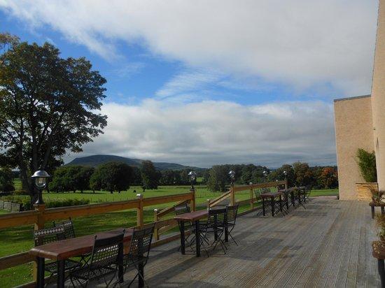 Cornhill Castle Hotel: Terrace at wedding function suite