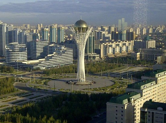 Beijing Palace Soluxe Hotel Astana: View from the Hotel Restaurant