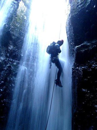 Elementos Turismo Experiencial: Canyoning