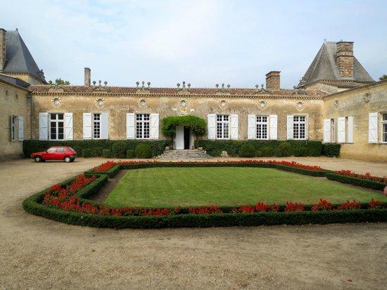 Ophorus Bordeaux Wine Day Tours : Chateau de Sales in Pomerol