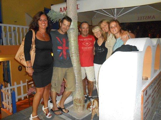 Kamari Star Hotel: foto con i proprietari