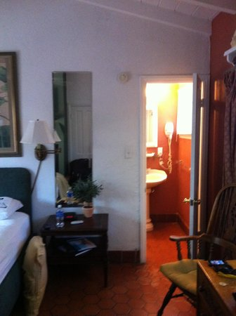 Villa Royale Inn: Zimmer