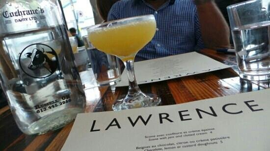 Lawrence Restaurant: mimosa at lawrence