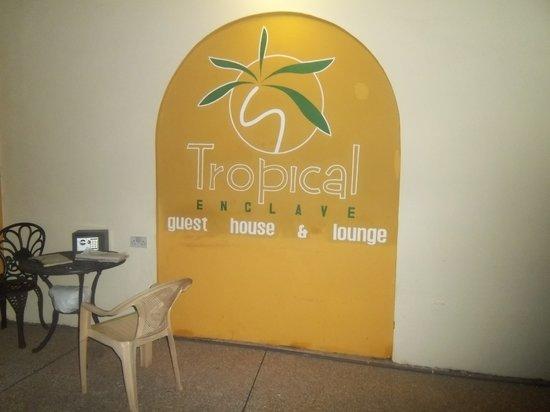 Tropical Enclave Hotel : Entrace