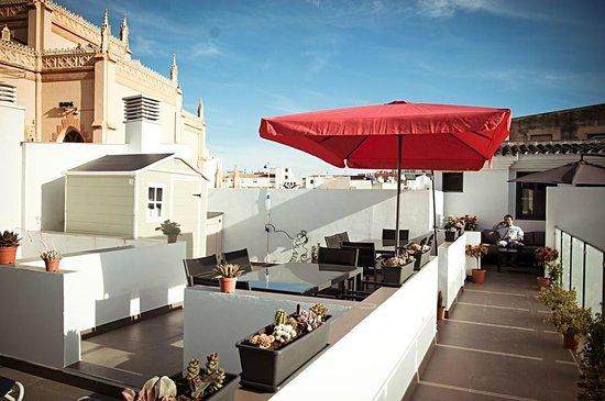 Apartamentos San Pablo: Oasis en la ciudad.