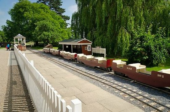 Newby Hall and Gardens: Miniature train station