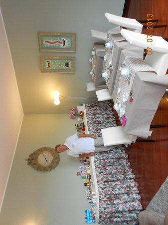 Villa Archi: Le petit-déjeuner avec Paola