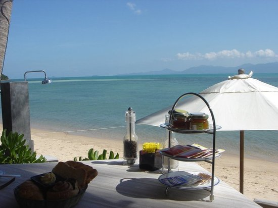 The Scent Hotel: Breakfast's view