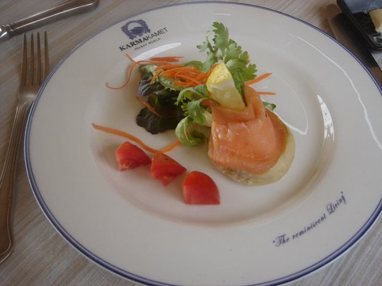 The Scent Hotel: English Muffin with Smoked Salmon - Breakfast