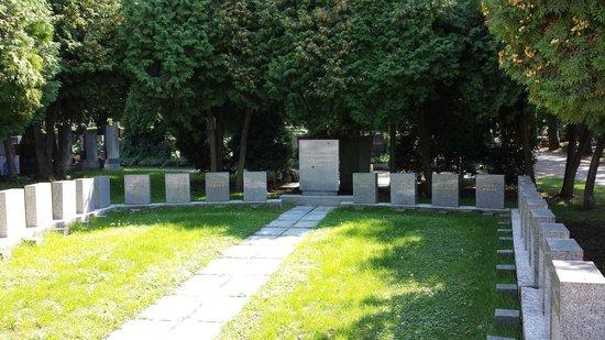 Vojensky Hrbitovy