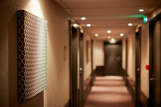 Atrium Hotel : couloirs