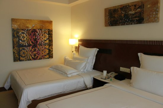 One World Hotel : the beds and decor was actually very good