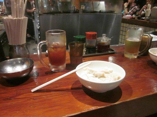 Harajuku Gyozaro: Boiled gyozas