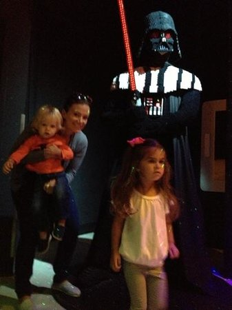 LEGOLAND Discovery Center Chicago : darth vader in Star Wars room