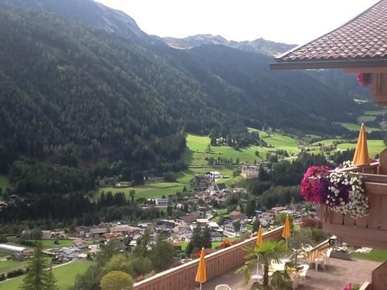 Residence Garni Melcherhof: Blick vom Balkon App. Sonnenblume
