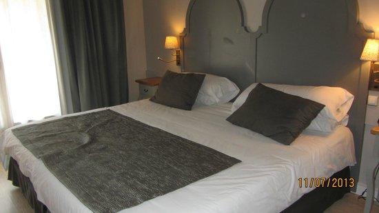Hotel Lune de Mougins: Chambre cote piscine