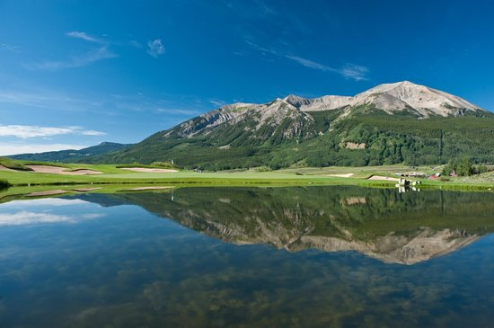 The Club at Crested Butte: The Club's private lake