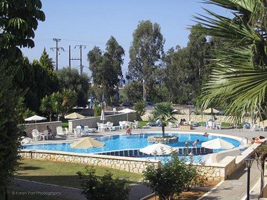 Althea Village SuneoClub: Althea Village Pool 2