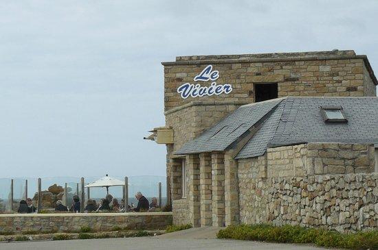 Le Vivier: Le restaurant vu de loin.