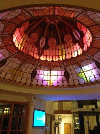 Park Plaza Victoria Amsterdam: Hall central
