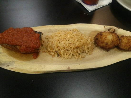 Austin's Casual Eatery & Bar : Char-crusted and blackened salmon, sauce Orleans dirty rice and fried green tomatoes