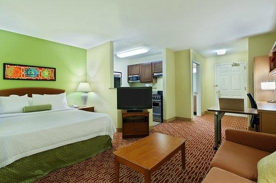 TownePlace Suites Savannah Midtown: Studio Suite