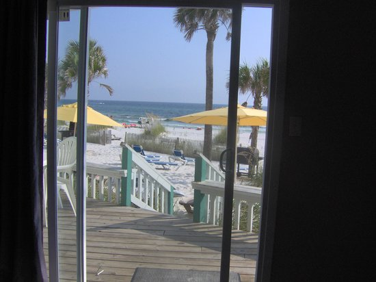 The Sandpiper Beacon Beach Resort: Unit 197 awesome view!