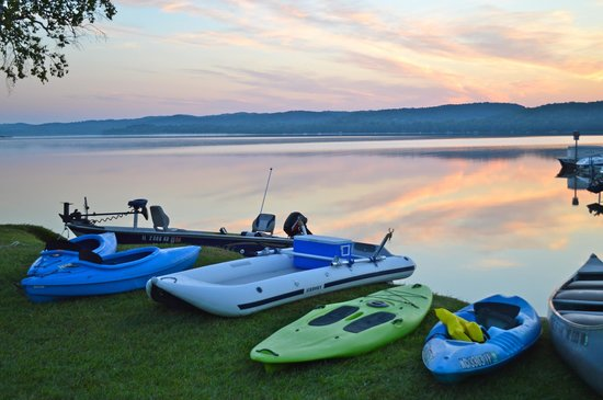 Lake Leelanau R.V. Park: Bring your small or big boat