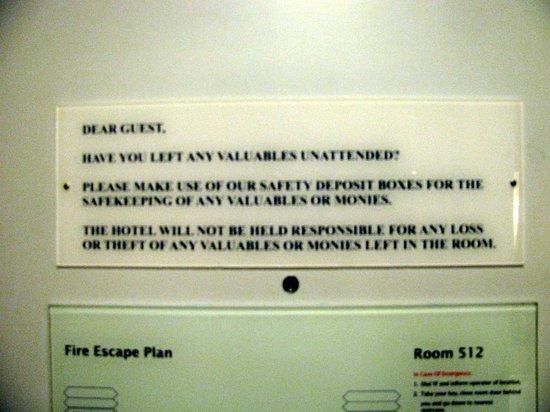 โรงแรมพาร์ครอยัลปีนัง: Safety optional