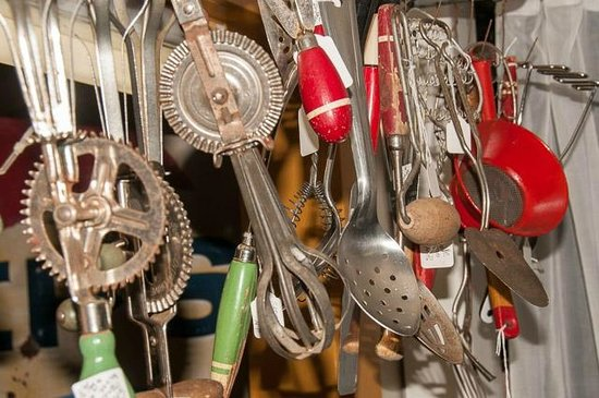 The Market Place at 101 : Old fun kitchen tools!