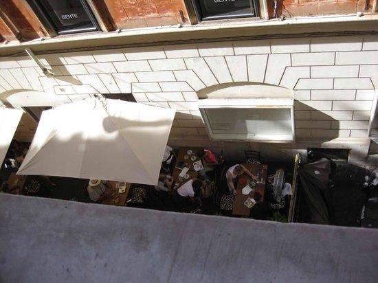Babuino 181 : Restaurant below room