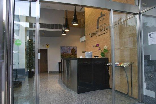 Hotel Torre Monreal: Recepción