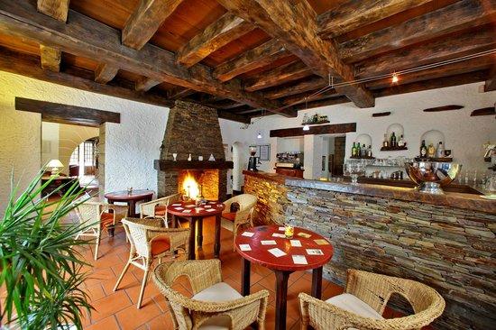 Hotel Restaurant La Charmille: Le bar