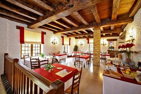 Hotel Restaurant La Charmille : Le petit déjeuner