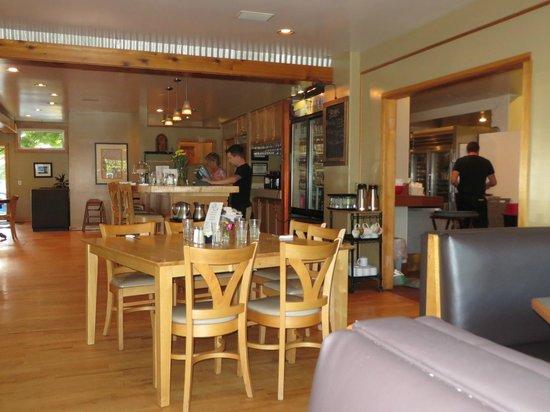 Big Wave Cafe: Excellent food, great service..
