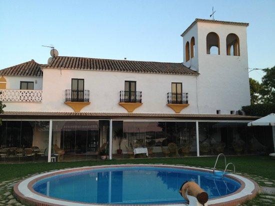 Hacienda El Santiscal: tuinkant van het hotel