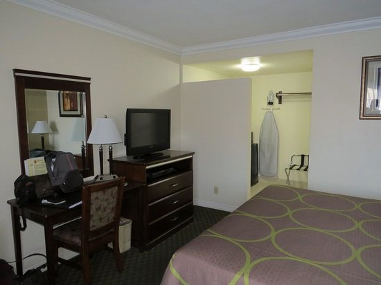 Super 8 Los Angeles / Culver City Area: Chambre