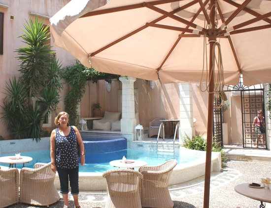 Courtyard & Plunge Pool at Palazzo Rimondi