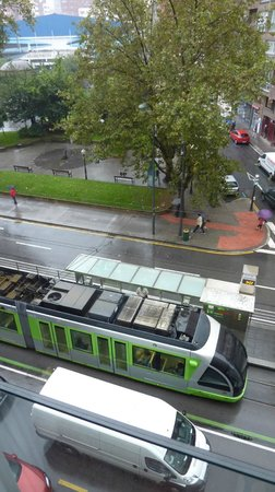Hotel Zenit Bilbao: maudit tramway