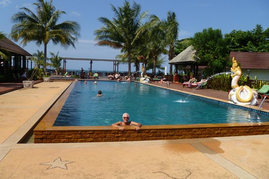 Nakara Long Beach Resort, Koh Lanta: Great place to relax