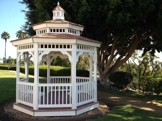 fort macarthur inn specialty hotel reviews los angeles. Black Bedroom Furniture Sets. Home Design Ideas