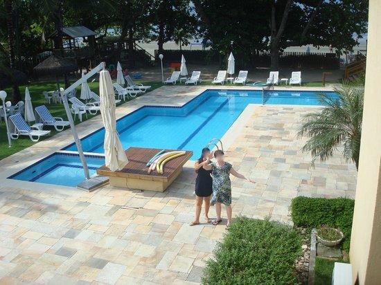 Vistabela Resort: Piscina vista da sacada do apto.