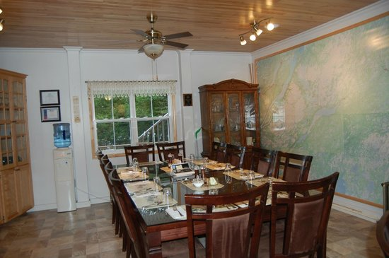 Lakeview Inn: Dining room