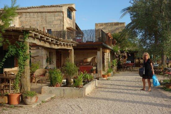 Agroturismo Finca Sant Blai: De entree van het terrein