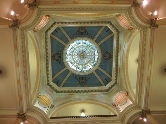 Wyoming State Capitol: Stain glass in the lobby ceiling